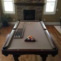 Pool Table Olhausen Americana 8' Like New