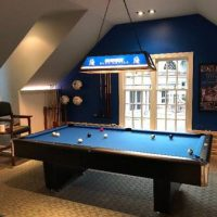 CL Bailey Co Pool Table